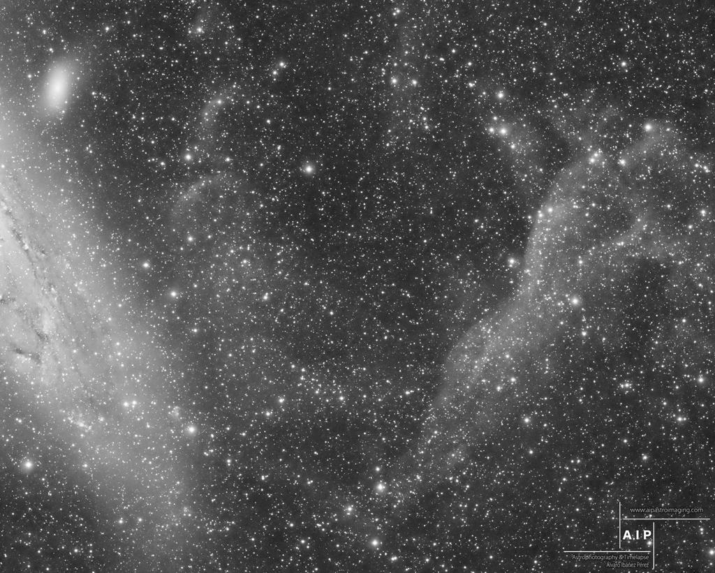 M31 andromeda clouds nubes